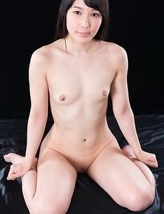 Yui Kasugano Strokes Lots of Cocks with Cum