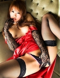 Saya Tachibana can become your favorite Asian model
