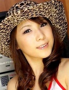 Japanese avidol Momo Aizawa posing