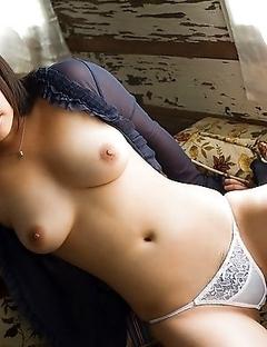 Astonishing adult pics of hot and pretty An Shinohara