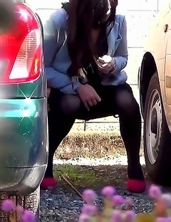 Japanese Piss Fetish Videos - Girls Pissing - Caught In the Act